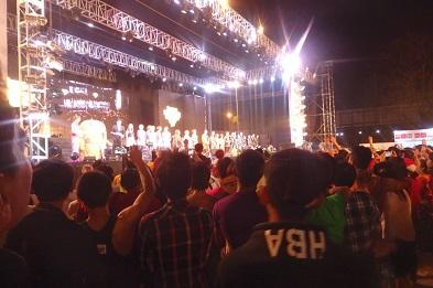 ミャンマー舞台